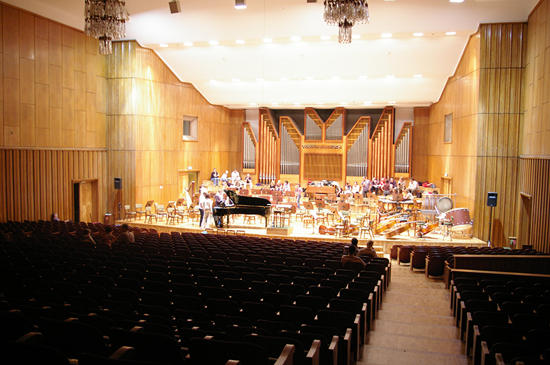 Filharmonia_Pomorska_w_Bydgoszczy_-_scena